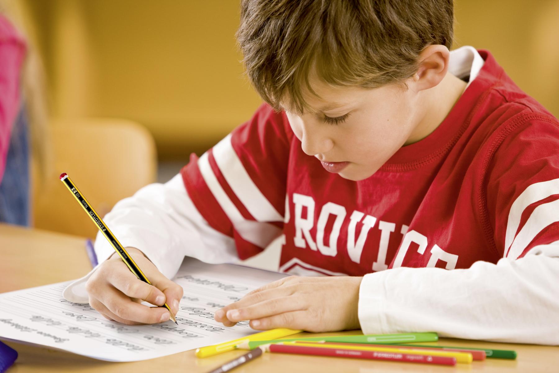 Die Top 5 für den Schulanfang_- Worauf es bei der Grundausstattung im Federmäppchen ankommt