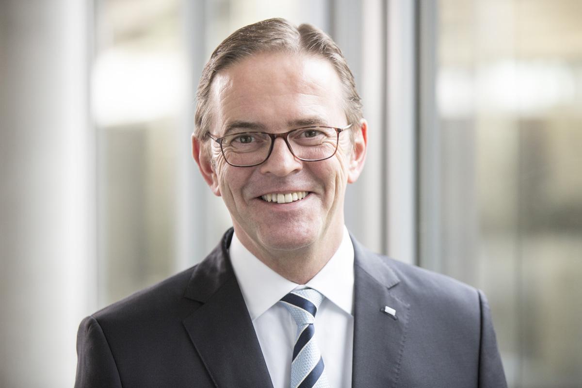 Ralf W. Dieter wird neuer Vorstandsvorsitzender